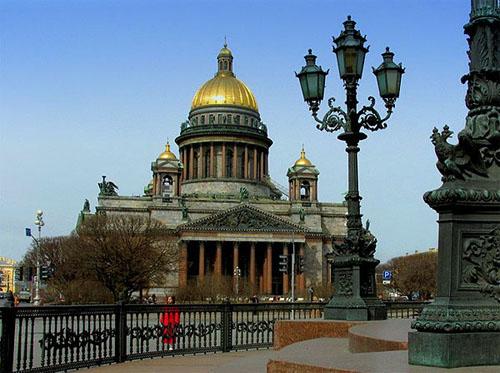 Достопримечательности и гостиницы Санкт-Петербурга